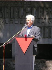 Ernst Grube spricht in Hebertshausen 2007